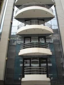 6 floor office building in Ampelokipoi